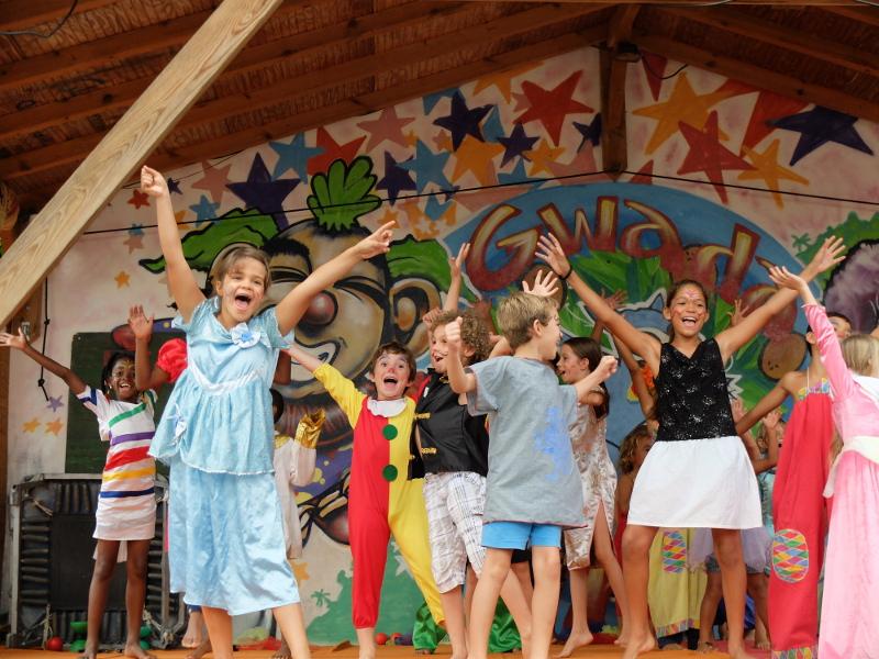 Stage pour les enfants initiation au cirque Guadeloupe
